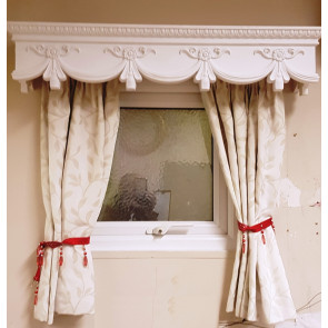 CURTAIN BOX VALANCE PELMET WINDOW DOOR CORNICE COVER VICTORIAN 7 FEET 84 INCHES LONG ( 2140 CM X 18.5CM HIGH X 18.5 CM ) Weight 3.9 kg