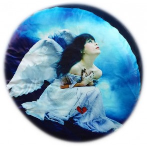 Girl Woman Broken Heart  Angel Wheel cover rear spare tyre wheelcover to fit all 4x4 and caravans